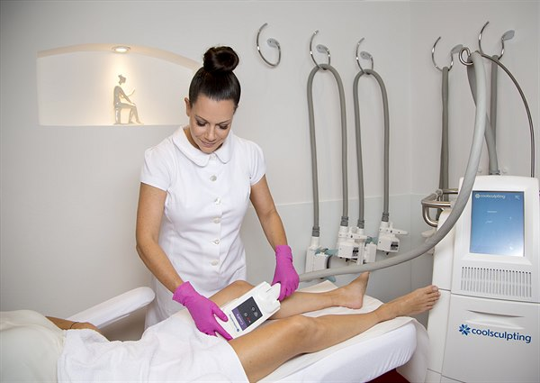 Dr. Michaela Meister 02 CoolSculpting